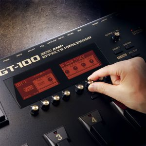 BOSS GT-100 4 cable method