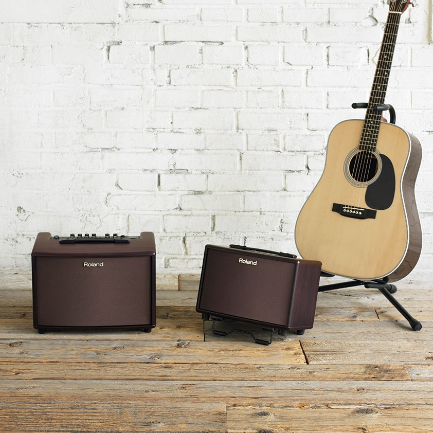 I Play Acoustic Guitar - Why Do I Need An Acoustic Amplifier
