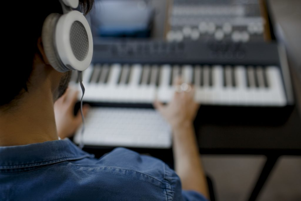 Bedroom Producer Studio Piano